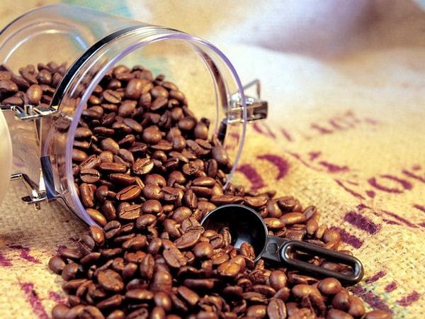 кофе в банке