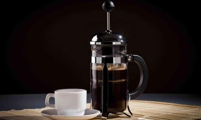 кофе во френчпрессе