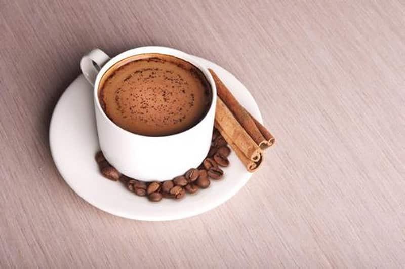 Классический кофе с корицей