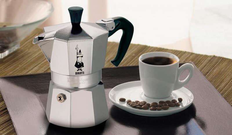 Виды гейзерных кофеварок